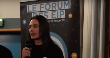 Thomas Solignac lors du pitch du 22 Novembre 2014 au forum des EIP